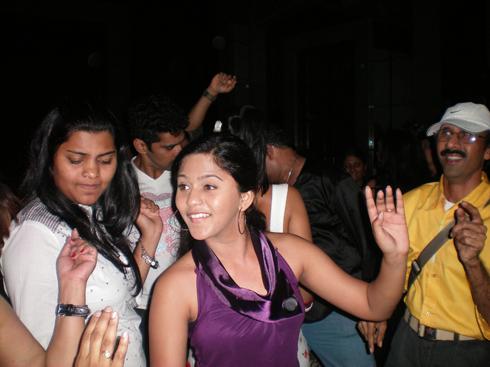 zee gaurav 2010 party