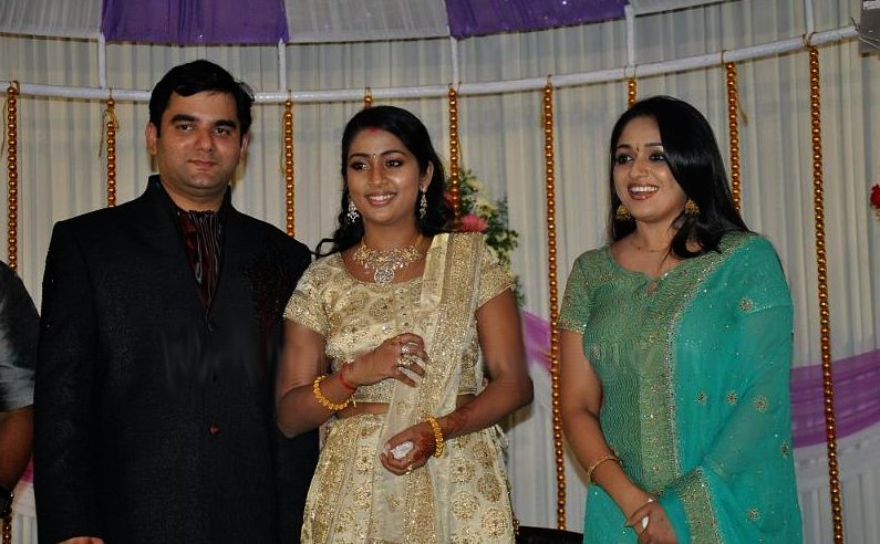 Navya nair wedding stills