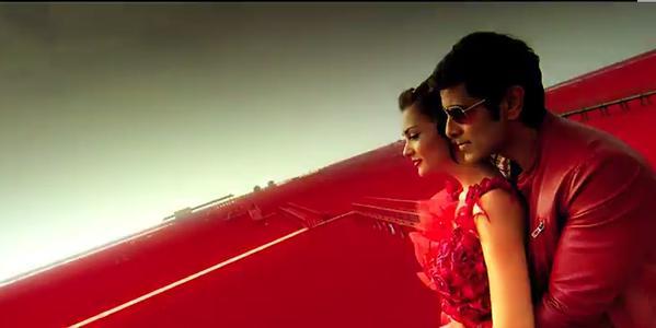Chiyaan Vikram's I Trailer Snaps