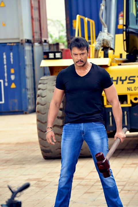 Darshan in Airavata movie