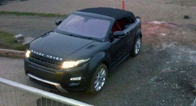 Latest Still Of Range Rover From Gangster Akbars Rolls