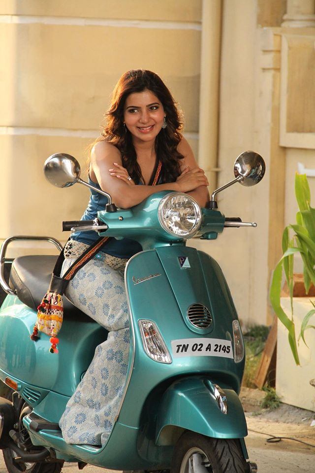 Samantha in Kaththi