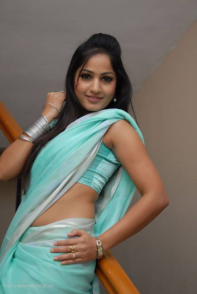 madhavi latha hot in saree