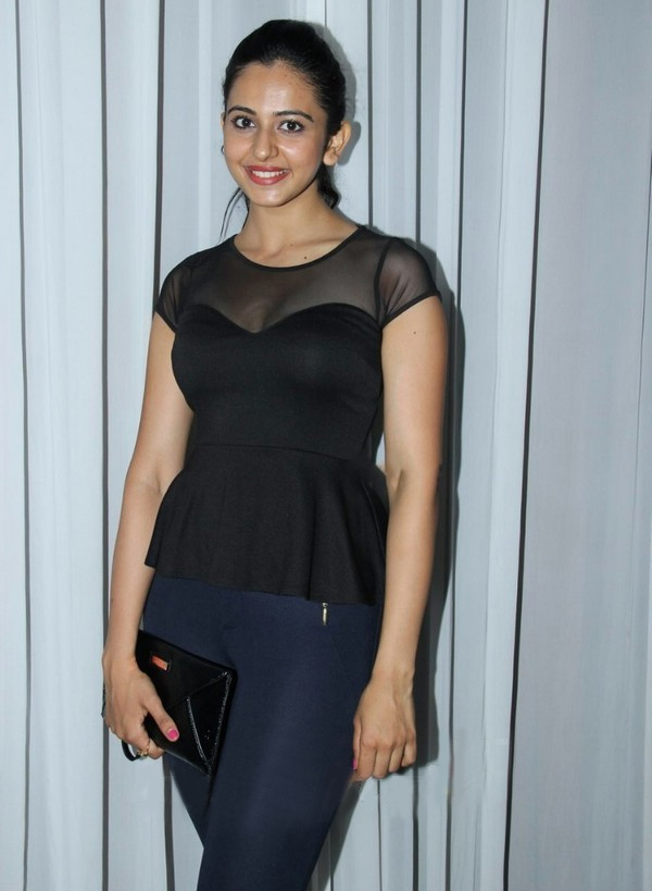 Rakul Preet Singh Hot Photos