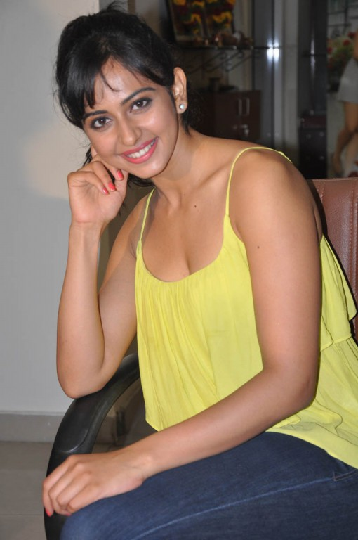 Rakul Preet Hot Photos