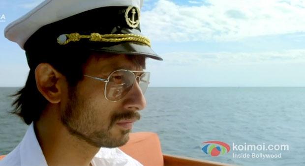 Santosh as hot captain