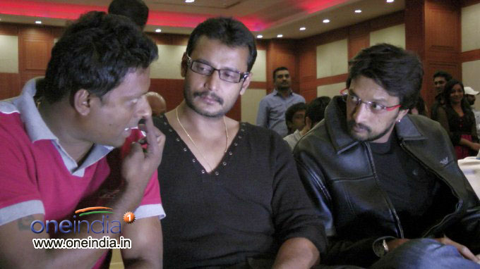 Sudeep and Darshan rare photos