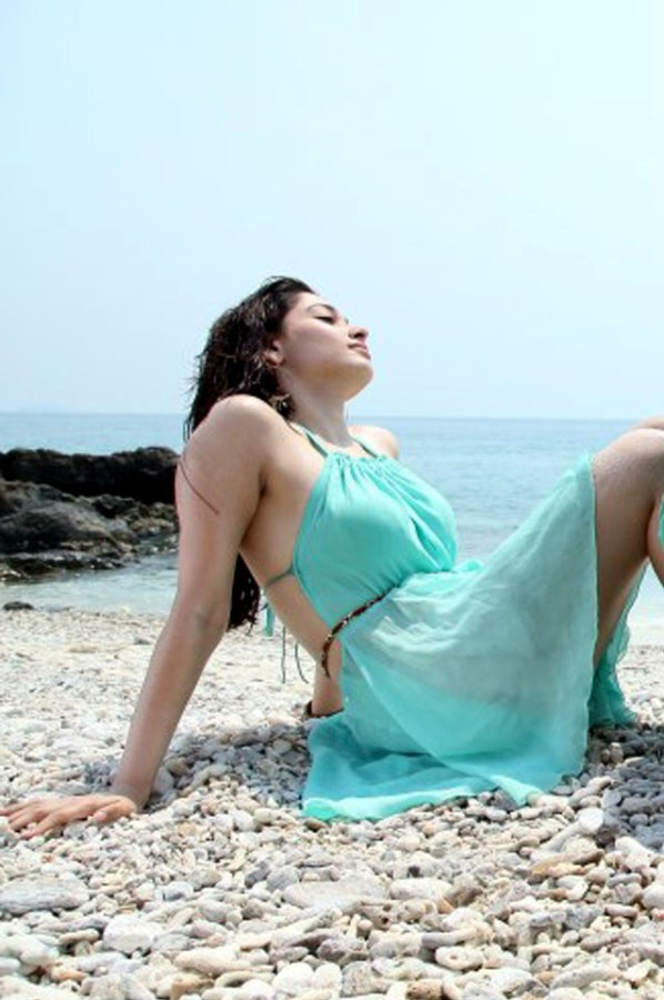 tamana hot photos