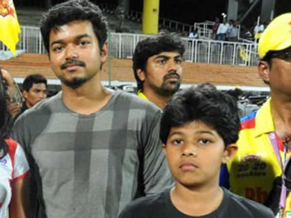 vijay-with-his-son-jason-sanjay