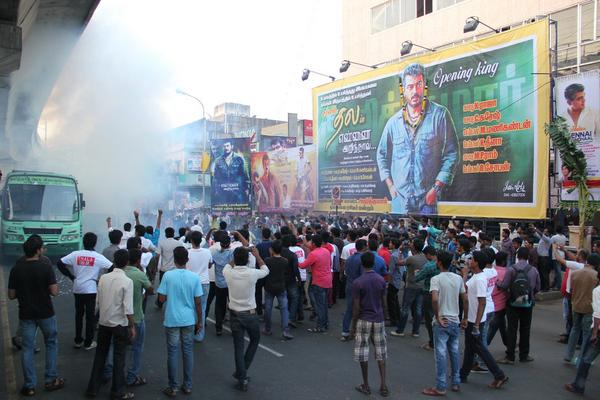 Yennai Arindhaal Fans Celebrations Photos