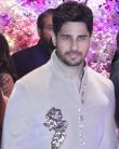 Ranbir Kapoor's GF Alia Bhatt meets EX BF Sidharth Malhotra at Akash  Shloka engagement
