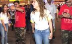 Sara Ali Khan's viral airport video helps her fan,Watch video