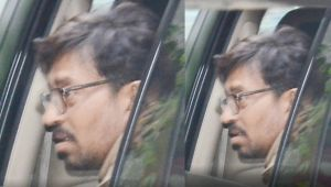 Irrfan Khan spotted in Mumbai after undergoing treatment, Find Here