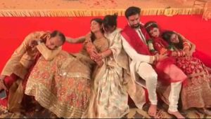 Sushmita Sen's sleeping video goes viral from brother Rajeev's wedding