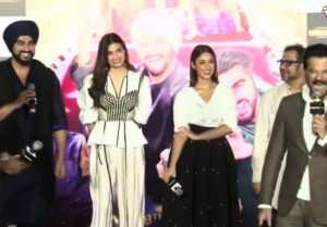 Mubarakan Trailer Launch: Anil Kapoor says 'JHAKAAS' at the Event; Watch video