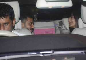 Sonam Kapoor Gives Warm Welcome To Anand Ahuja At Mumbai Airport; Check Out