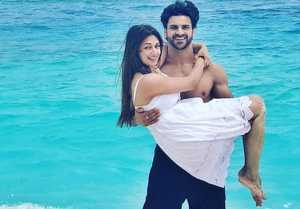 Divyanka Tripathi & Vivek Dahiya Celebrate wedding anniversary in Maldives; Watch Video। FilmiBeat