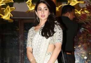 Sara Ali Khan makes her DEBUT on Instagram; Watch Video । FilmiBeat
