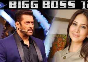 Bigg Boss 12: Kim Sharma REACTS on entering Salmam Khan's house