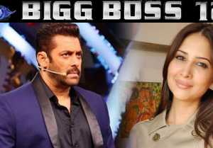 Bigg Boss 12: Kim Sharma REACTS on entering Salmam Khan's house