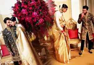 Deepika  Ranveer Reception: Ranveer Singh Kisses Deepika Padukone on stage; Watch Video