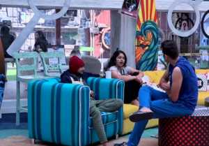 Bigg Boss 12: Happy Club to become UNHAPPY, Surbhi Rana fights with Deepak Thakur