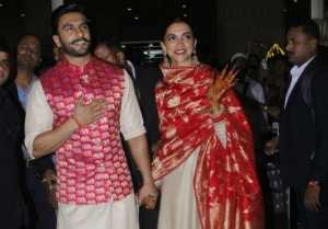 RANVEER AND DEEPIKA with FAMILY ARRIVED MUMBAI AFTER MARRIAGE FULL VIDEO
