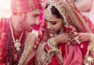 Deepika Padukone  Ranveer Singh's FIRST Official Photo as Bride - Groom goes VIRAL