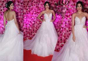 Jhanvi Kapoor looks sassy in White Gown at Lux Golden Rose Awards
