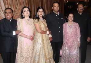 Isha Ambani Reception : Nita Ambani Swati Piramal Twins in Pink