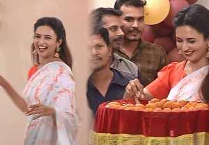 Yeh Hai Mohabbatein: Divyanka Tripathi & Karan Patel celebrate five years of the show