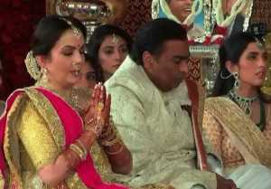 Isha Ambani wedding: Mukesh Ambani's Emotional moments during wedding