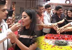 Shivangi Joshi & Mohsin Khan celebrate 2800 episodes of Yeh Rishta Kya Kehlata Hai