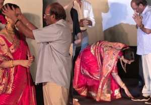 Manikarnika: The Queen of Jhansi: Kangana Ranuat touches Vijayendra Prasad's Foot