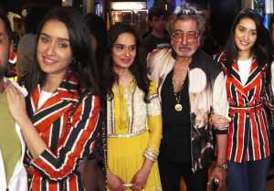 Shraddha Kapoor & family attend special screening of Bombairiya;Watch Video