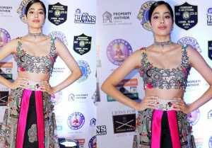 Jhanvi Kapoor made a glamourous appearance in a striking outfit at Lion Gold Awards