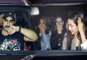 Malika Arora, Arujn Kapoor & others attend Karan Johar's House party: Watch Video