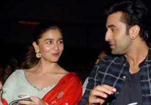Alia Bhatt & Ranbir Kapoor enjoys private dinner on Valentine's Day