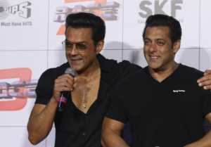 Salman Khan makes Bobby Deol's grand entry in this big Project,Find Out