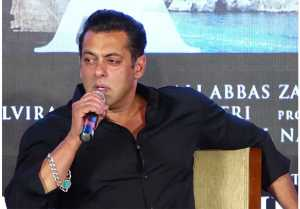 Salman Khan shares interesting chapters of his life at Bharat event