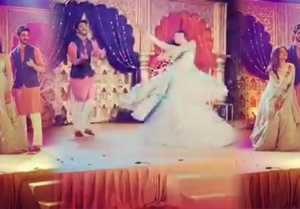 Sushmita Sen performs with boyfriend Rohman Shawl at Rajeev Sen & Charu Asopa's marriage