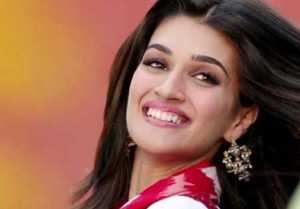 Kriti Sanon to play a journalist in Rahul Dholakia's next