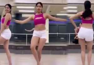 Jhanvi Kapoor's belly dance moves will wins your heart; Watch Video