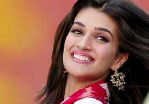 Kriti Sanon to play a journalist in Rahul Dholakia's next