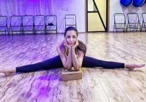 Malaika Arora's fans went crazy on her Split pose