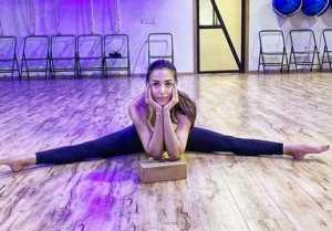 Malaika Arora's fans went crazy on her Split pose