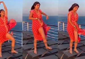 Shilpa Shetty shares her Marilyn Monroe moment; Watch Video