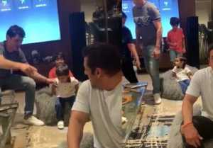 Salman Khan enjoys with Arpita Khan's son Ahil Sharma; Watch Video