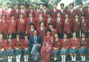 Twinkle Khanna shares picture from her school days for social cause