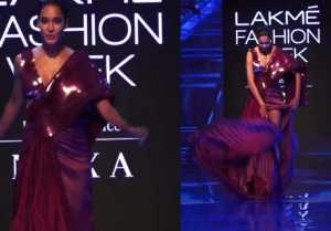 Pregnant Lisa Haydon slips on ramp at Lakme Fashion Week 2019; Watch video